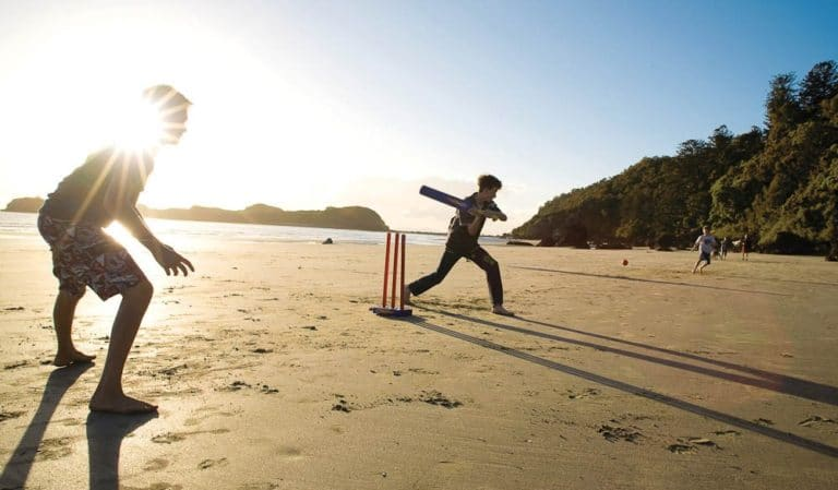 Image for event: Sports Alive Beach Cricket Barwon